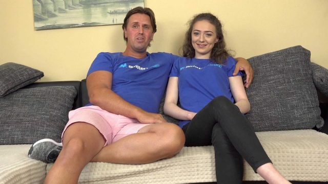 [AmateriPremium] Isabella De Laa (Porn actor turns his new girlfriend into slut / 07.27.2020)